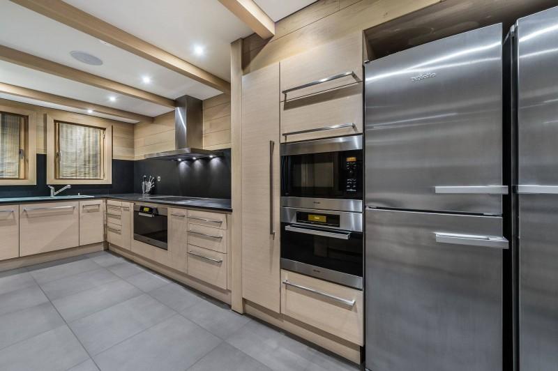 Courchevel 1650 Luxury Rental Chalet Nexiluvite Kitchen