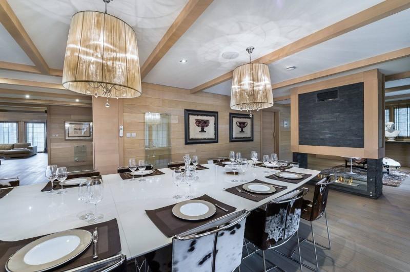 Courchevel 1650 Luxury Rental Chalet Nexiluvite Dining Room
