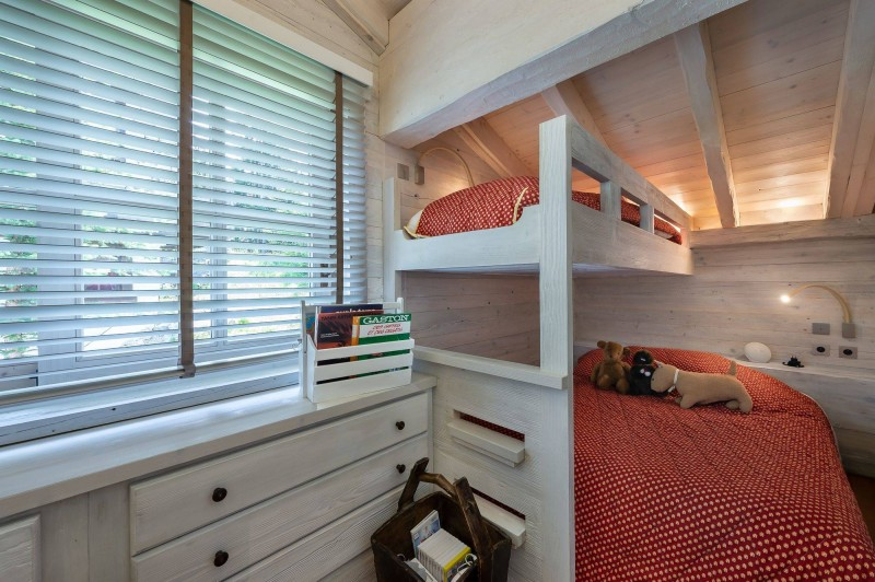 Courchevel 1850 Luxury Rental Appartment Bapilite Bedroom 6