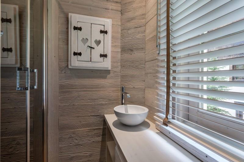 Courchevel 1850 Luxury Rental Appartment Bapilite Bathroom 5