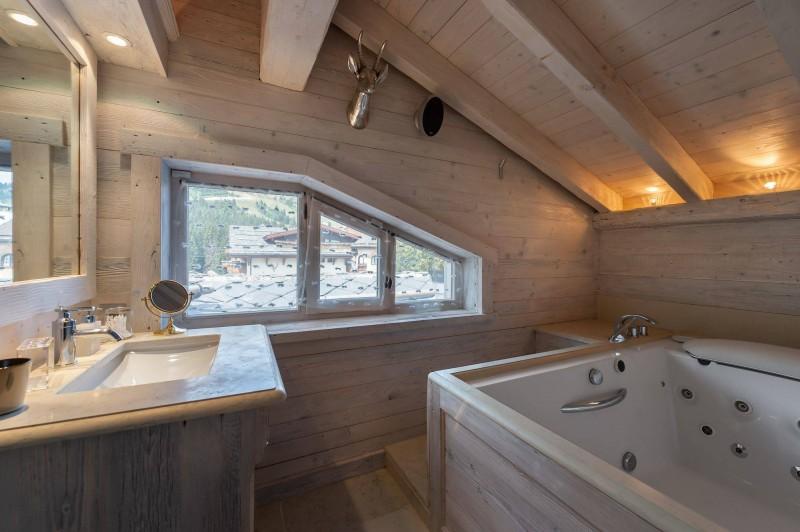 Courchevel 1850 Luxury Rental Appartment Bapilite Bathroom 6