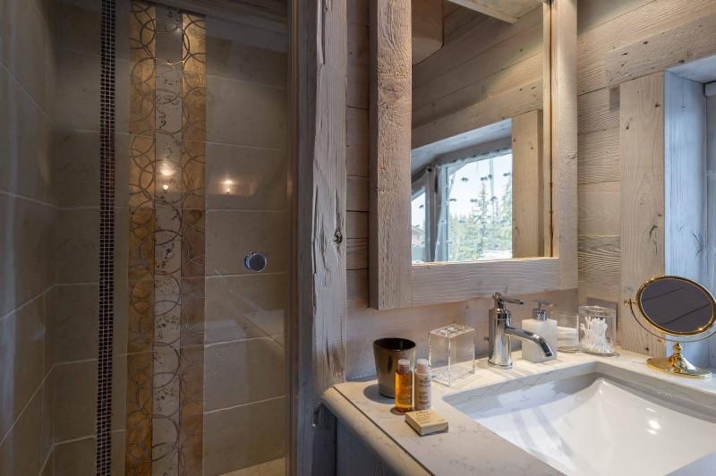 Courchevel 1850 Luxury Rental Appartment Bapilite Bathroom 7
