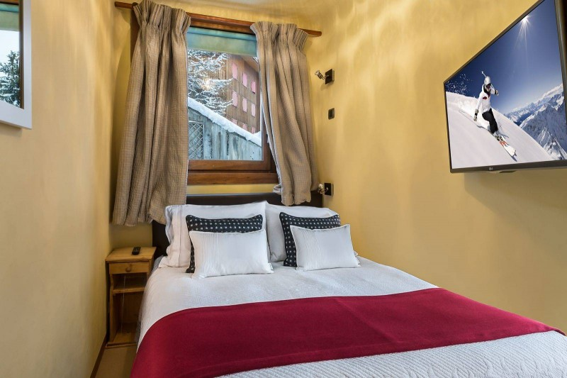 Courchevel 1850 Luxury Rental Appartment Calomel Bedroom 2