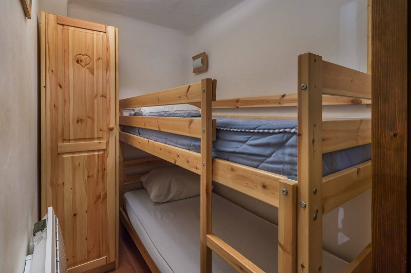 Courchevel 1850 Luxury Rental Appartment Calomel Bedroom 3