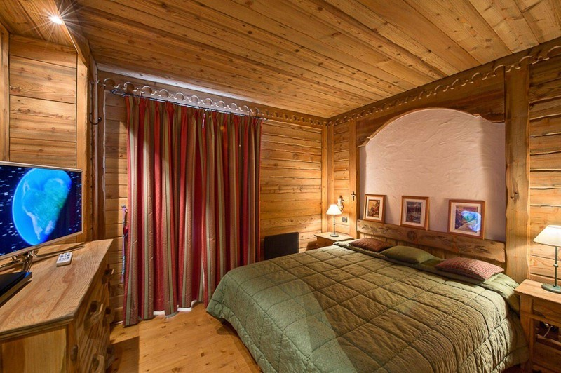 Courchevel 1850 Luxury Rental Appartment Carrolate Bedroom 2