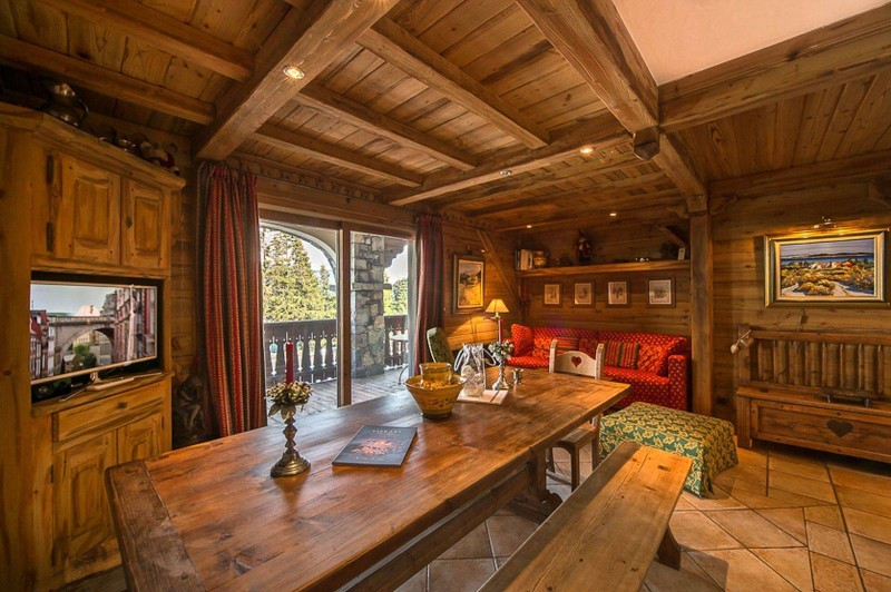Courchevel 1850 Luxury Rental Appartment Carrolate Dining Room
