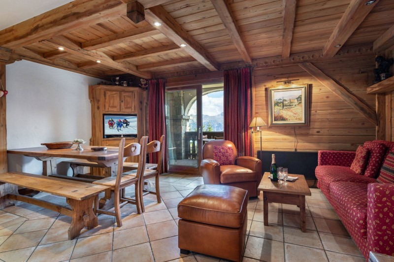 Courchevel 1850 Luxury Rental Appartment Carrolate Living Room