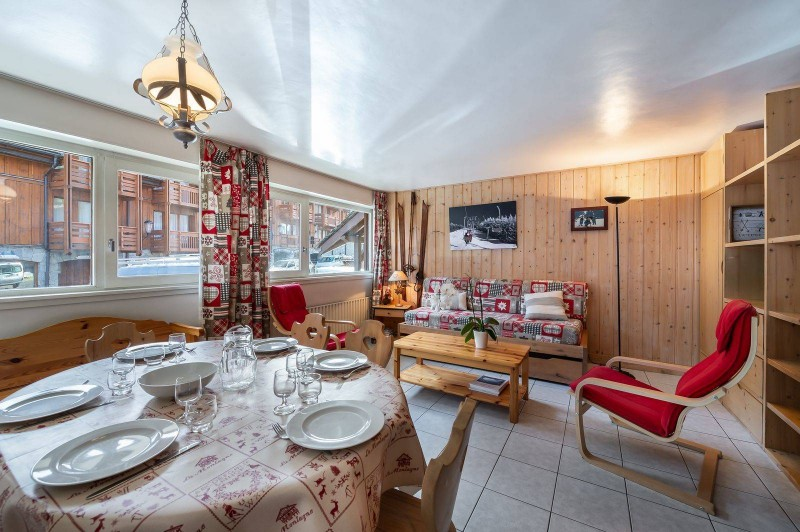 Courchevel 1850 Luxury Rental Appartment Cetonite Living Room