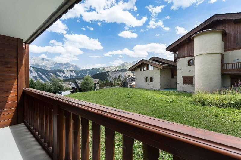 Courchevel 1850 Luxury Rental Appartment Eciello Balcony