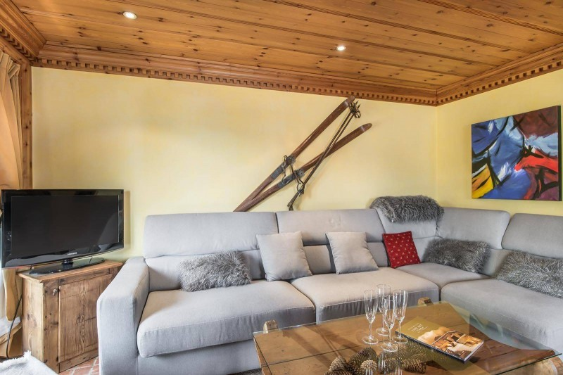Courchevel 1850 Luxury Rental Appartment Mereli Living Room