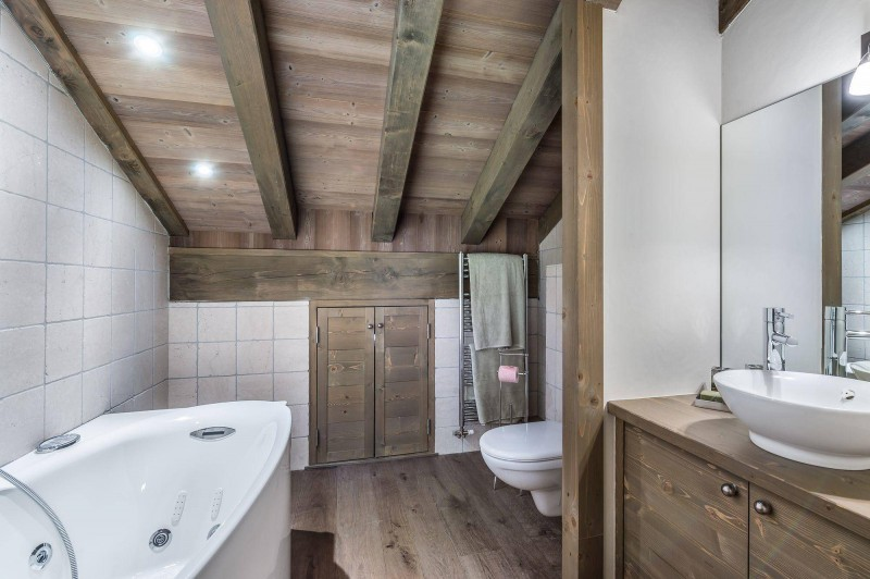 Courchevel 1850 Luxury Rental Appartment Viziro Bathroom 2