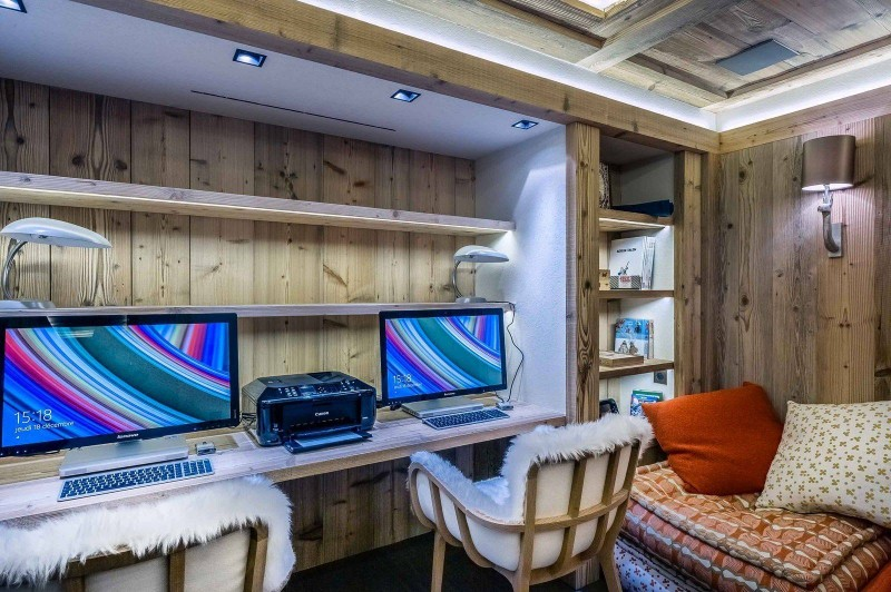 Courchevel 1850 Location Chalet Luxe Chudobaïte Office