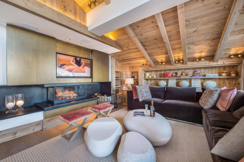 Courchevel 1850 Luxury Rental Chalet Chudobaïte Living Room 2