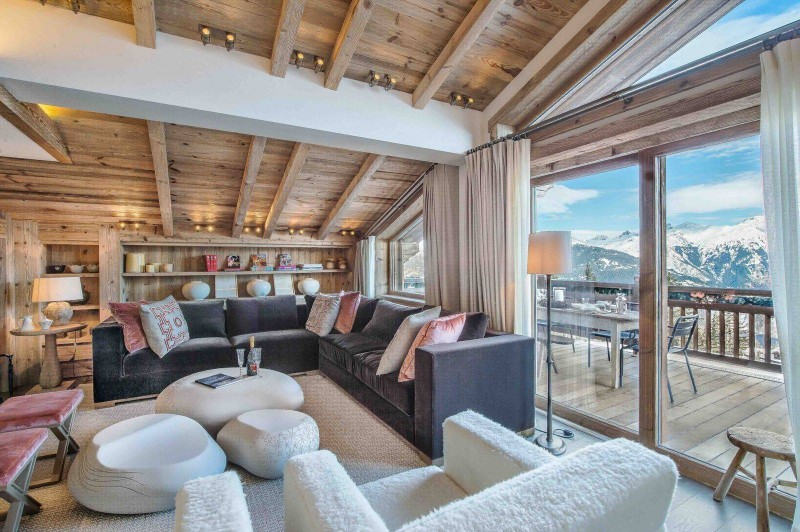 Courchevel 1850 Luxury Rental Chalet Chudobaïte Living Room 3