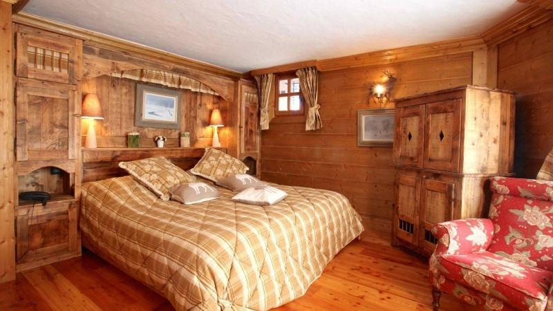 Courchevel 1850 Luxury Rental Chalet Tantalite Bedroom