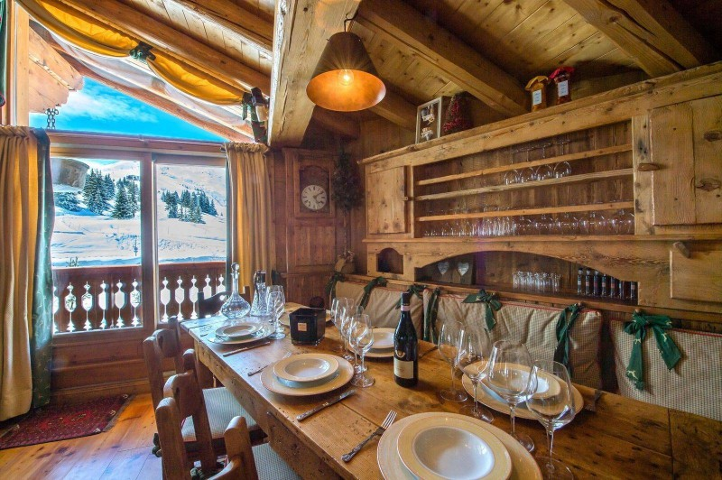 Courchevel 1850 Luxury Rental Chalet Tantalite Dining Room