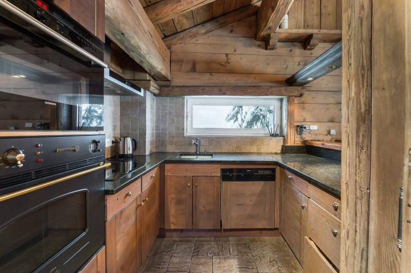 Courchevel 1850 Luxury Rental Chalet Tazuy Kitchen