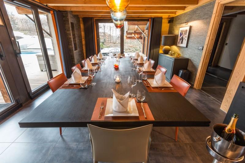 dining-3-9457