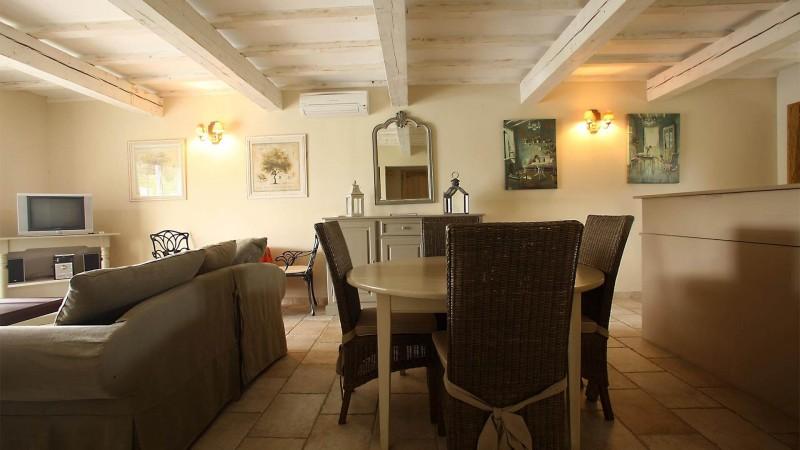 Forcalquier Location Villa Luxe Lunite Salon