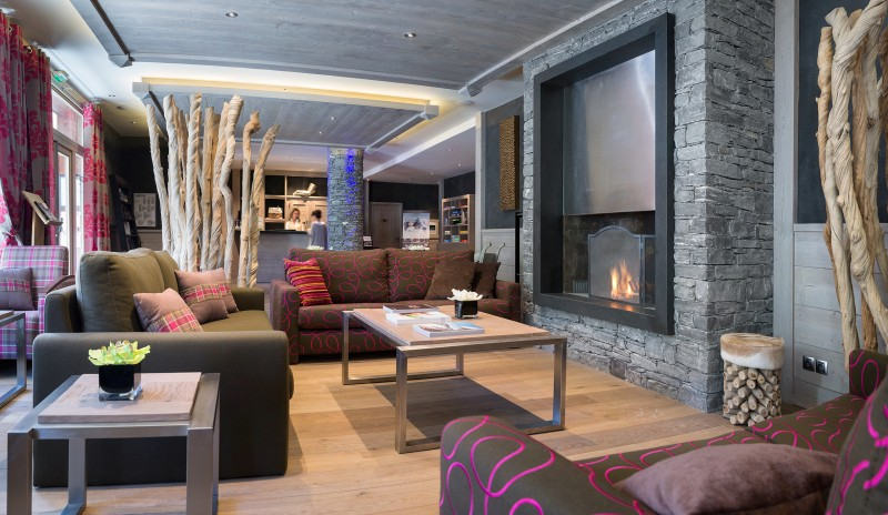 La Rosière Montvalezan Rental Apartment Luxury Lynx Onyx Reception