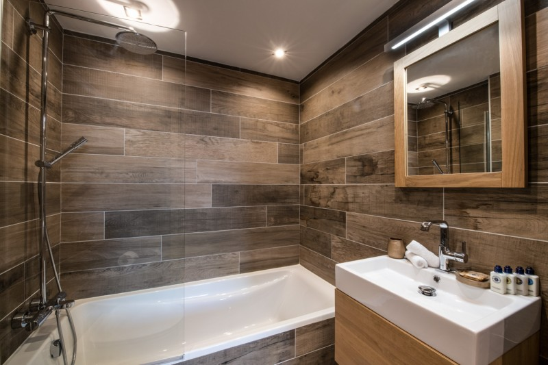 La Tania Luxury Rental Chalet Alte Bathroom