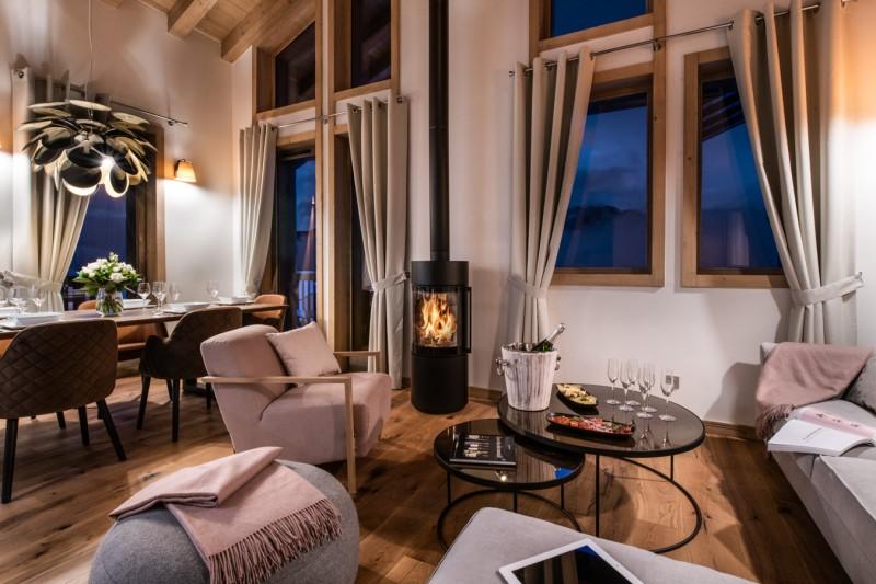 La Tania Luxury Rental Chalet Alte Living Room 3