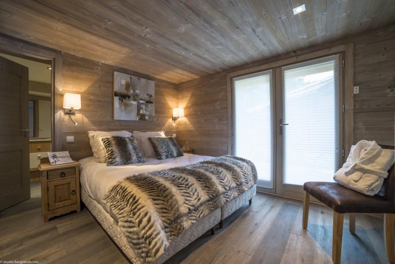 La Tania Location Chalet Luxe Counite Chambre2