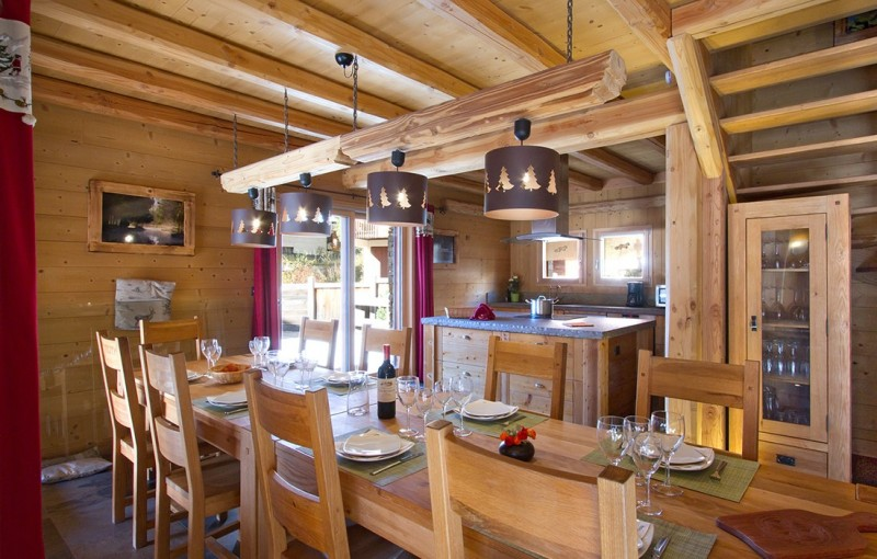 Les Deux Alpes Rental Chalet Luxury Cervantite Dining Room
