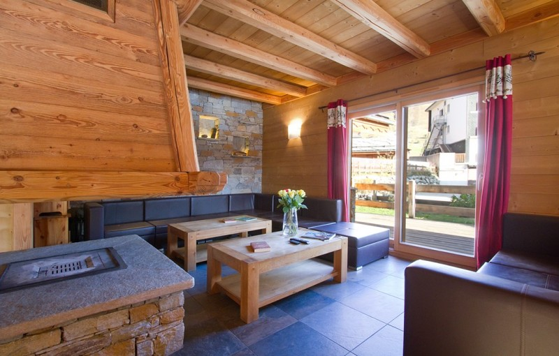Les Deux Alpes Rental Chalet Luxury Cervantite Living Room