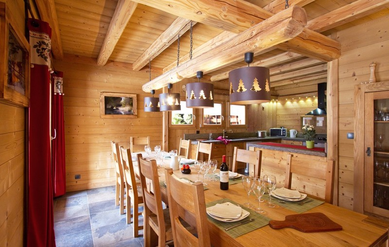 Les Deux Alpes Rental Chalet Luxury Cervantote Dining Room
