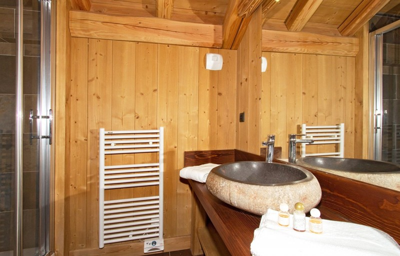 Les Deux Alpes Rental Chalet Luxury Cervantote Bathroom