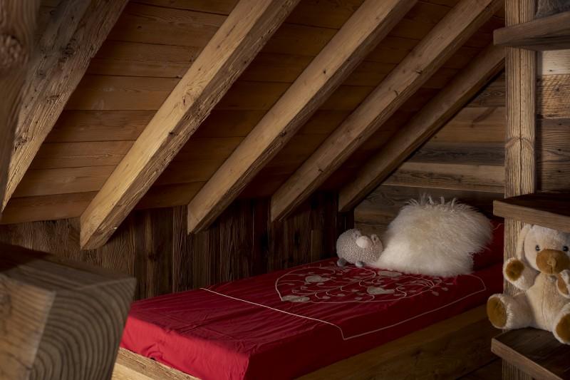 Les Deux Alpes Luxury Rental Chalet Cervantute Kids Bedroom 2