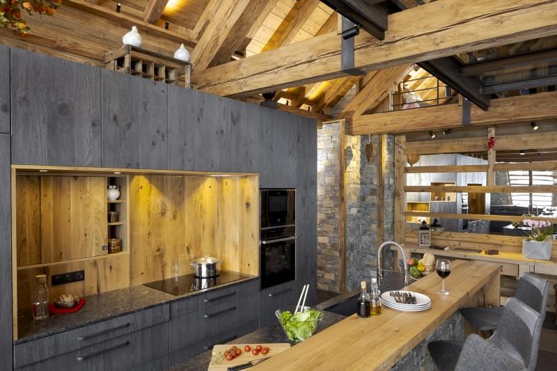 Les Deux Alpes Luxury Rental Chalet Cervantute Kitchen