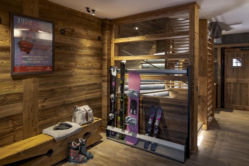 Les Deux Alpes Luxury Rental Chalet Cervantute Ski Room