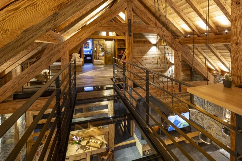 Les Deux Alpes Luxury Rental Chalet Cervantute Mezzanine