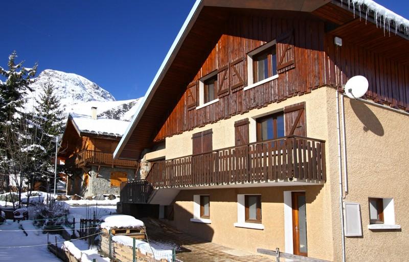 Les Deux Alpes Luxury Rental Chalet Wilsonite Frontage