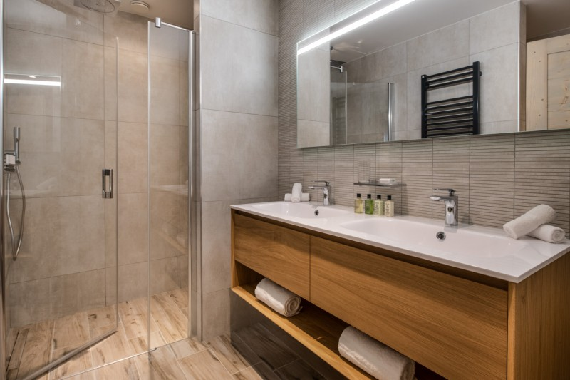 Les Gets Luxury Rental Appartment Andame Bathroom 2