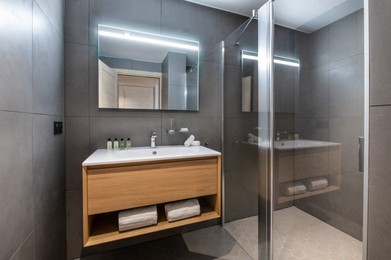 Les Gets Luxury Rental Appartment Andame Bathroom 3