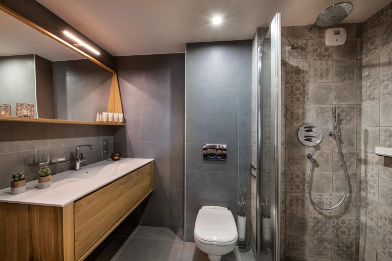 Les Gets Luxury Rental Appartment Anrocha Bathroom 2