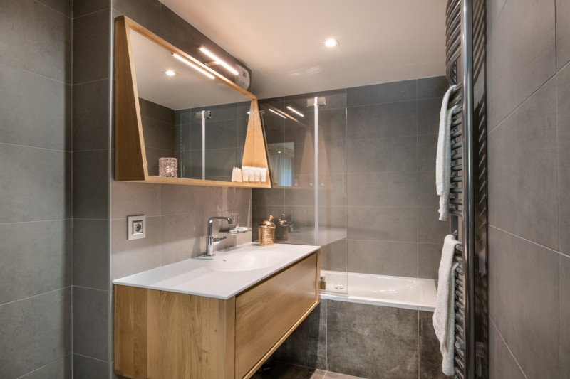 Les Gets Luxury Rental Appartment Anrocha Bathroom
