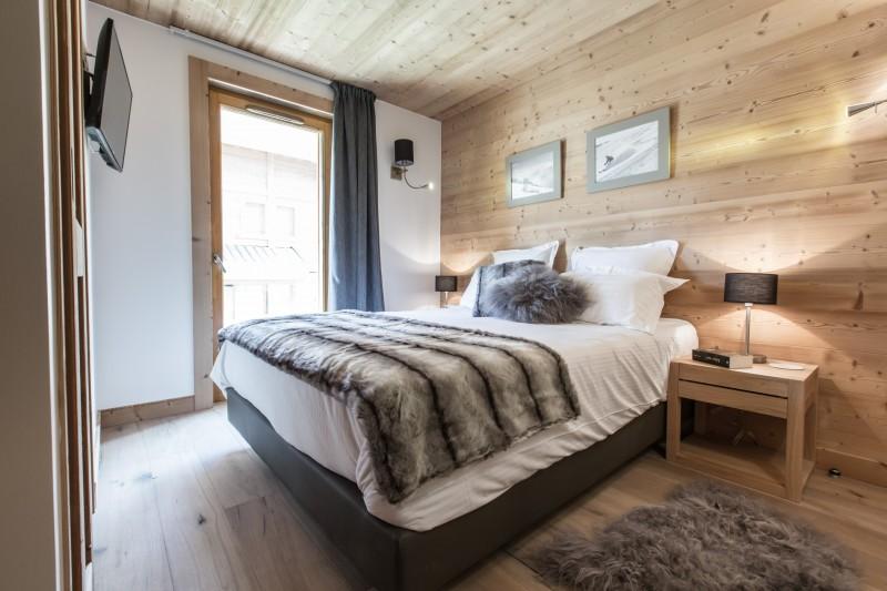 Les Gets Luxury Rental Chalet Anrolle Bedroom 2