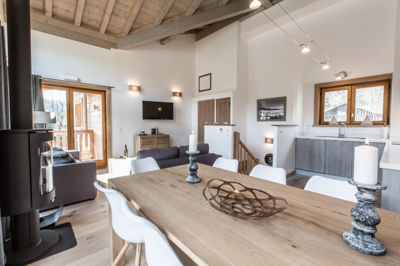 Les Gets Luxury Rental Chalet Anrolle Dining Room