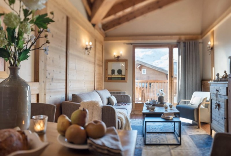 Les Menuires Luxury Rental Appartment Amine Living Room 2