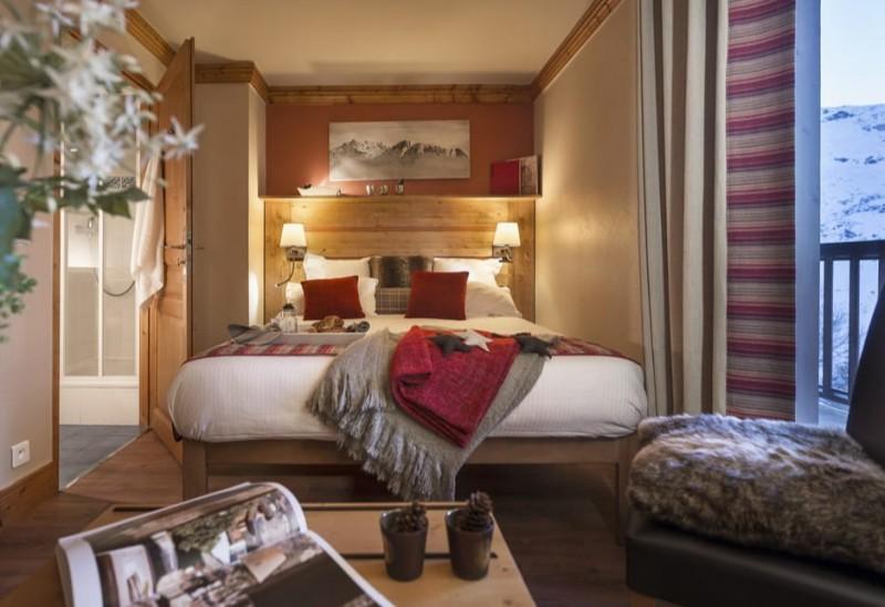 Les Menuires Luxury Rental Appartment Aminu Bedroom