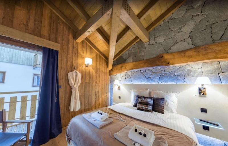 Les Menuires Luxury Rental Chalet Lalinaire Bedroom 3