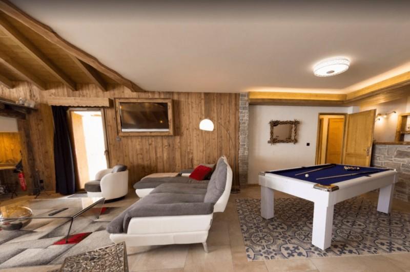 Les Menuires Luxury Rental Chalet Lalinaire Living Area 2