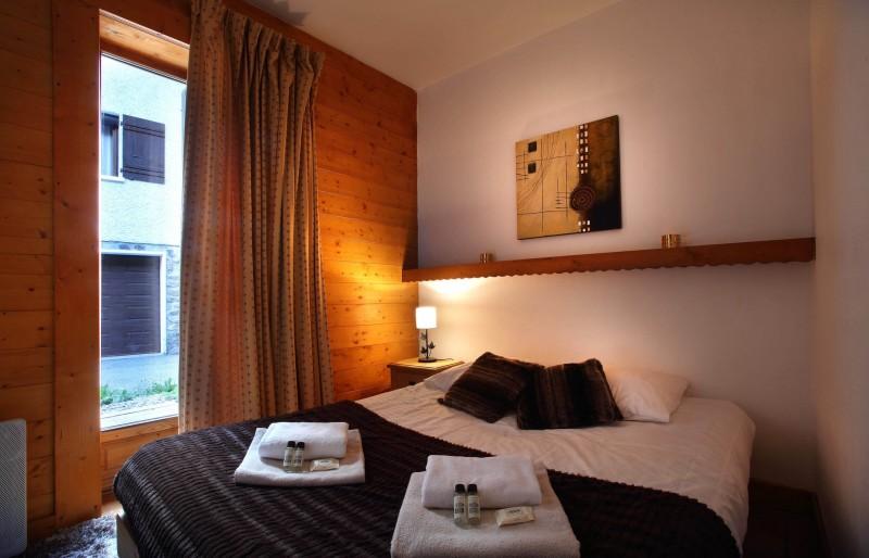 Les Menuires Luxury Rental Chalet Lautite Bedroom 2
