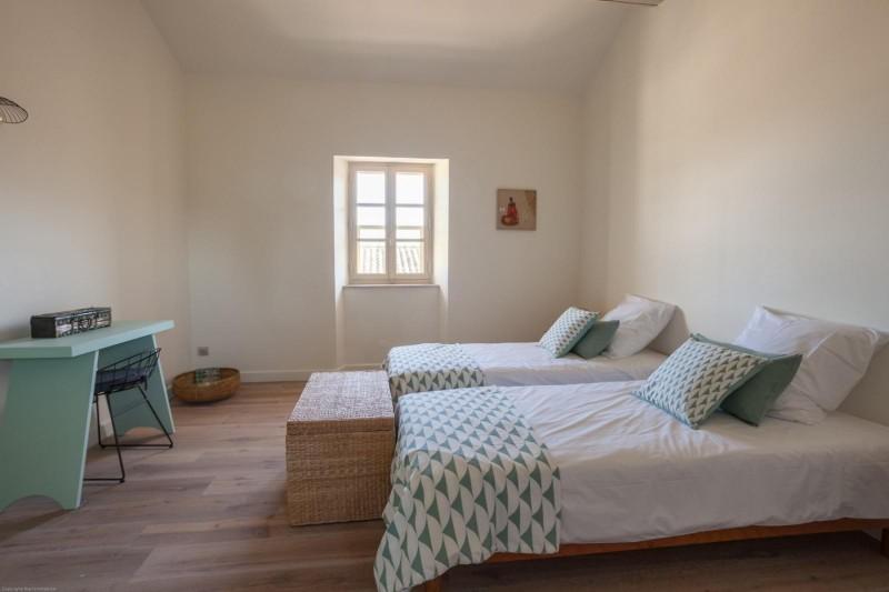 Luberon Luxury Rental Villa Leucon Bedroom