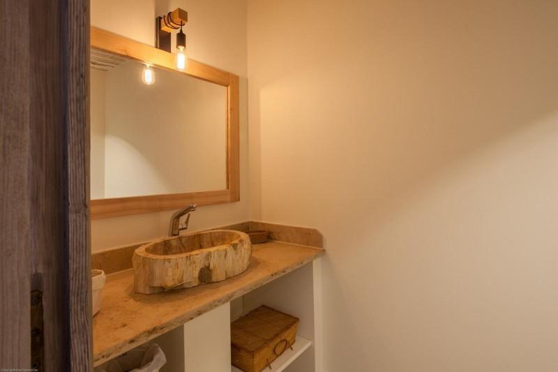 Luberon Luxury Rental Villa Leucon Bathroom 2