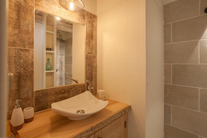 Luberon Luxury Rental Villa Leucon Bathroom